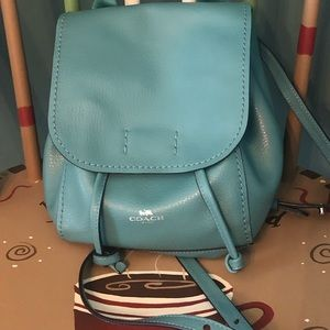 Classy backpack purse! Barely used!